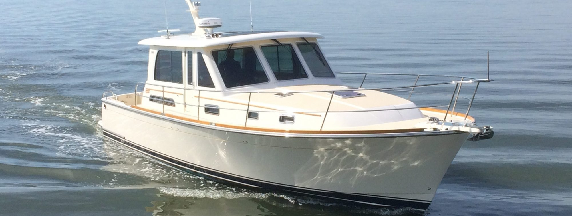 cabin cruiser brokerage boat for sale